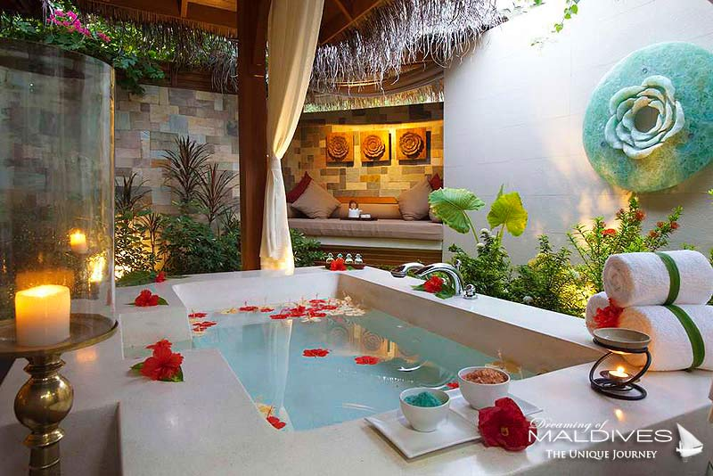 Baros Maldives Spa Outside Relaxing Area