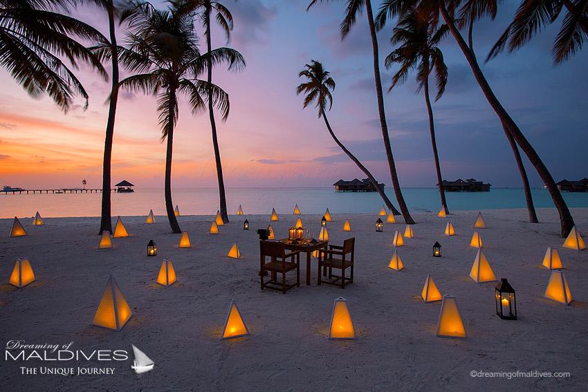 Passer la soirée sur la plage pour un dînerhors-du-commun