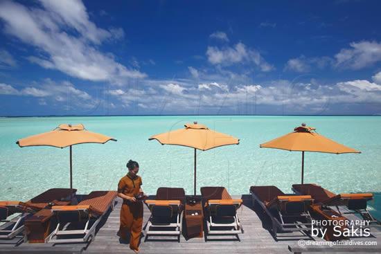 Anantara Dhigu Maldives,  la terrasse de relaxation du Spa