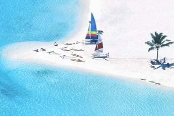 Photo aerienne d'un resort des MAldives