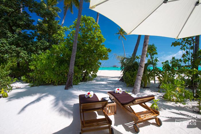 Atmosphere Kanifushi Maldives La plage et la vue des Sunset Beach Villas