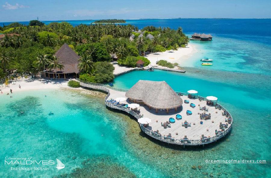 photo aérienne hôtels des îles Maldives