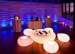 Premier bar a Champagne aux Maldives a Hilton Iru Fushi