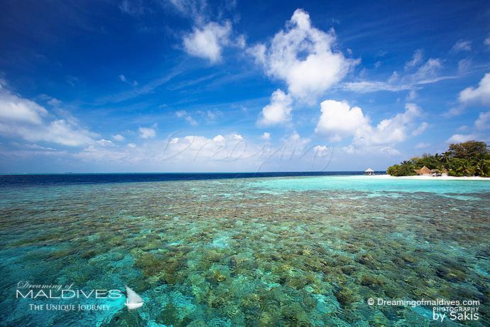 Bathala Maldives meilleur Hotel pour le Snorkeling .Vue Aérienne
