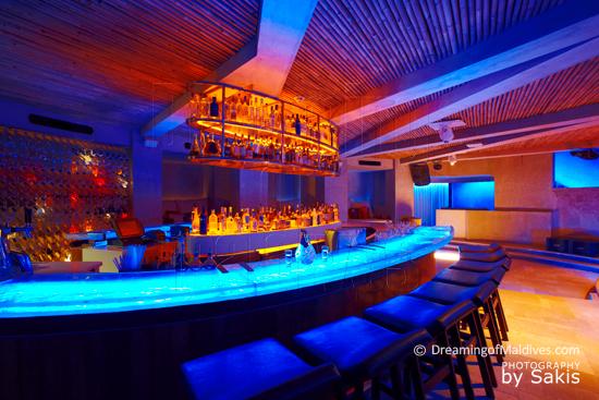 W Retreat and Spa Maldives - Le Bar de la Discothèque sous le sable 15 Below
