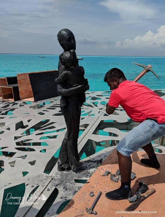 destruction Coralarium Fairmont Maldives