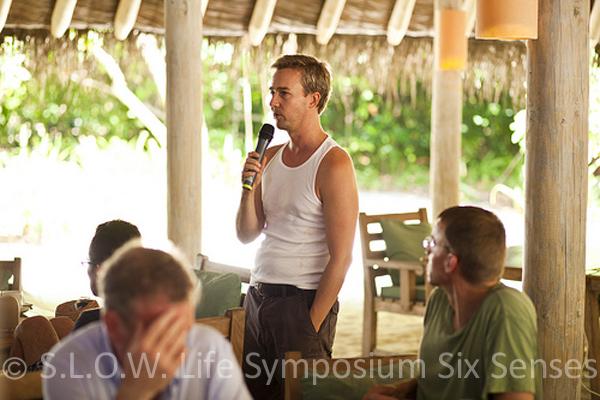Edward Norton au seminaire Slow life 2011 du soneva Fushi maldives