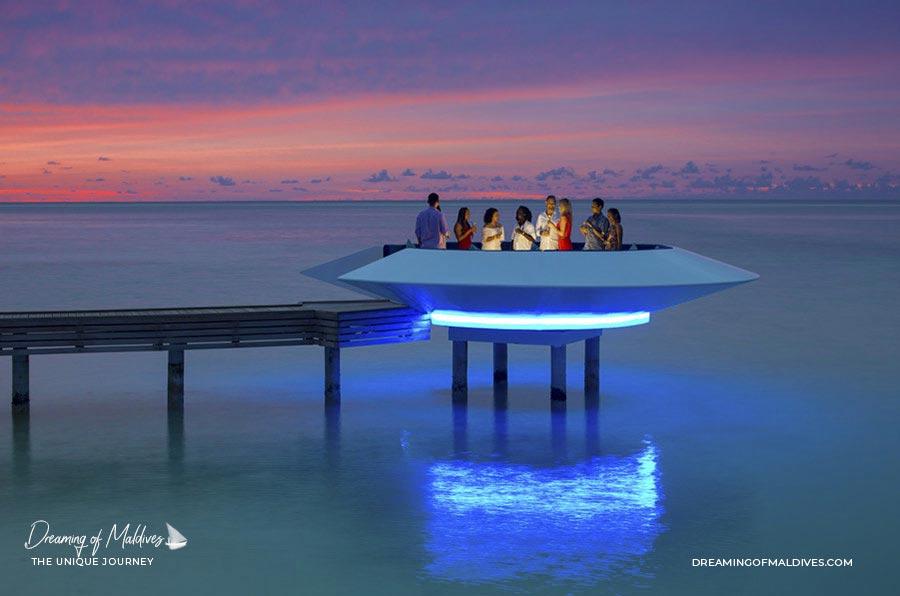 10 lieux extraordinaires Maldives Bar OVNI Kandima