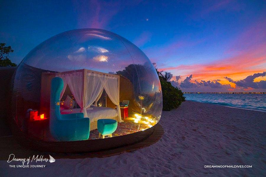 10 lieux extraordinaires Maldives chambre Luxueuse en forme de bulle sur la plage de Finolhu Maldives