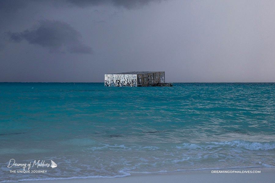 10 lieux extraordinaires Maldives Le Coralarium Fairmont Maldives