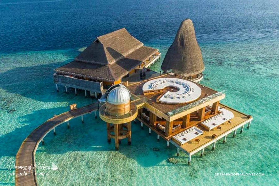 10 lieux extraordinaires Maldives Observatoire astronomique sur pilotis à Anantara Kihavah Maldives