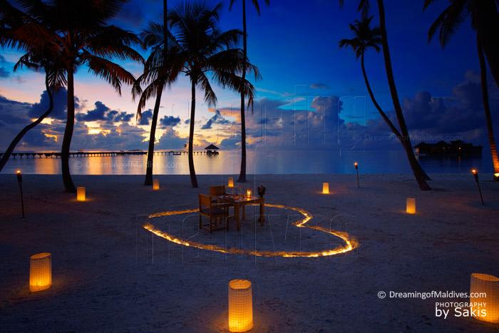 Maldives Photo du Jour Diner sur la plage de Gili Lankanfushi