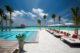 Ozen at Maadhoo Maldives. JOIE DE VIVRE Le Bar piscine
