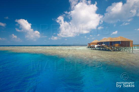 Lily Beach Maldives - Water Villa posée sur les Récifs