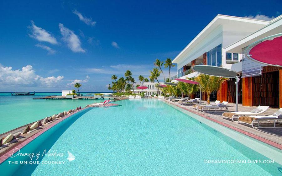 Le Bar GLOW LUX* North Male Atoll