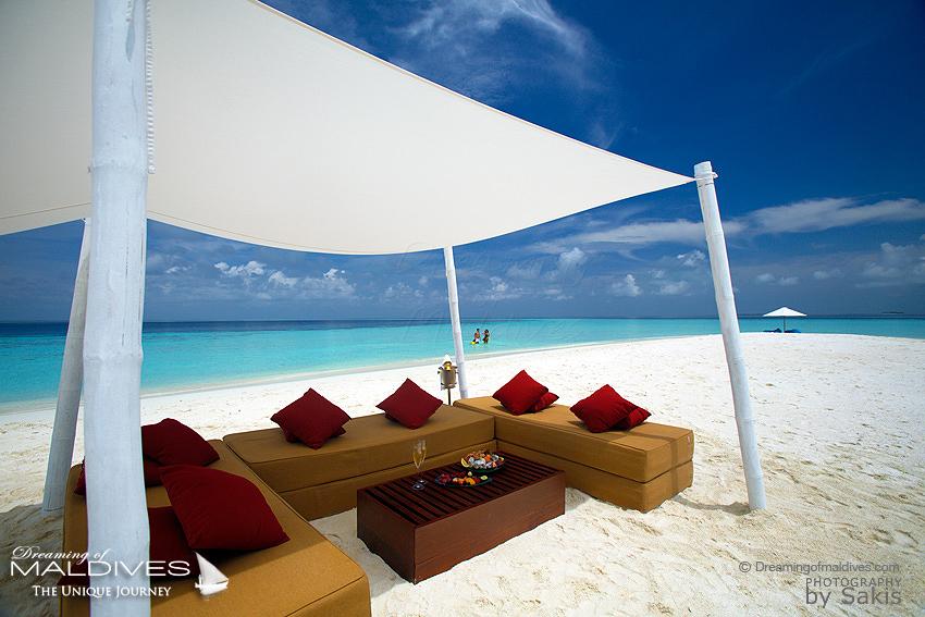maldives photo du jour lune de miel velassaru honeymooners