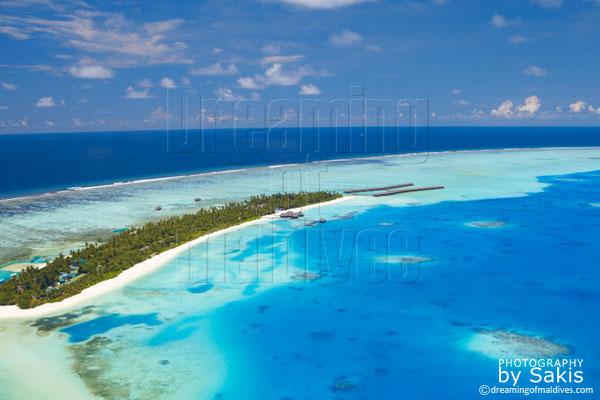 Medhufushi Island Resort Maldives photo aérienne