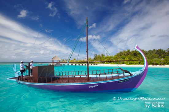 Galerie de Photos Naladhu Maldives - Le Dhoni de L'ile