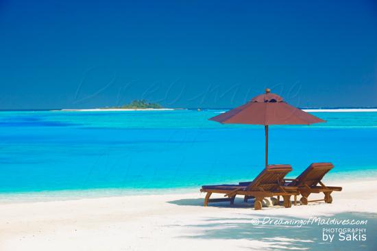 Galerie de Photos Naladhu Maldives - Vue de Reve depuis la plage des Villas situees cote Lagon