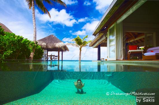 Galerie de Photos Naladhu Maldives - La piscine privee des Villas