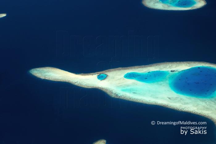 La Photo Aérienne du Jour : Les 1000 et Une Formes des Récifs Maldiviens