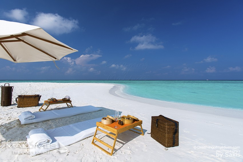 maldives photo du jour pique nique chic sur la plage. Black Bedroom Furniture Sets. Home Design Ideas
