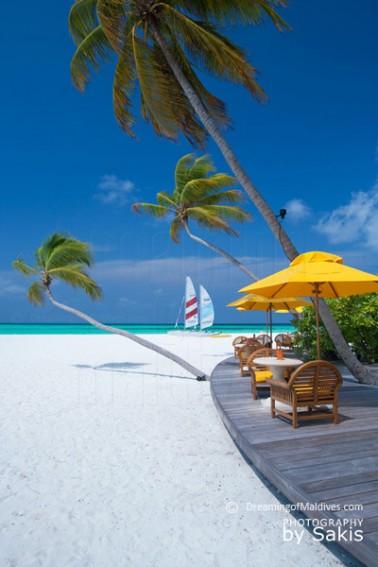plage-paradisiaque-iles-maldives-04