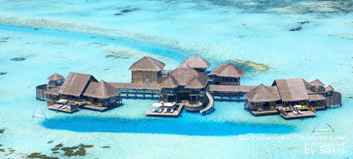 Vue aérienne plus grande Villa pilotis au monde Private Reserve Gili Lankanfushi Maldives