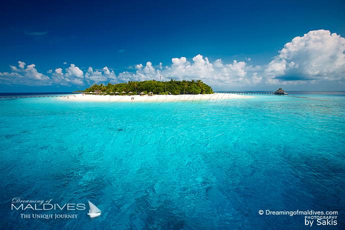 Reethi Beach Maldives meilleur Hotel pour le Snorkeling .Récifs de corail de l'ile