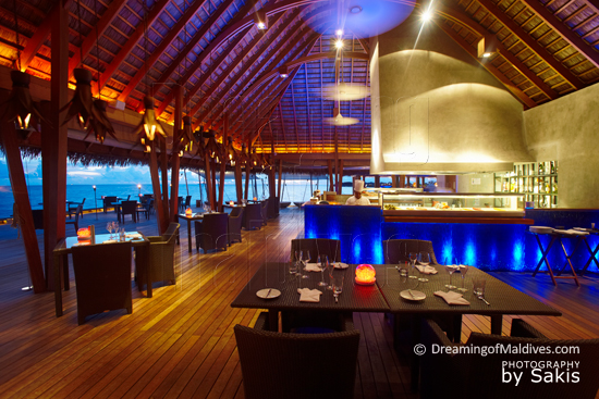 W Retreat and Spa Maldives - Restaurant Grill FISH, vue intérieure