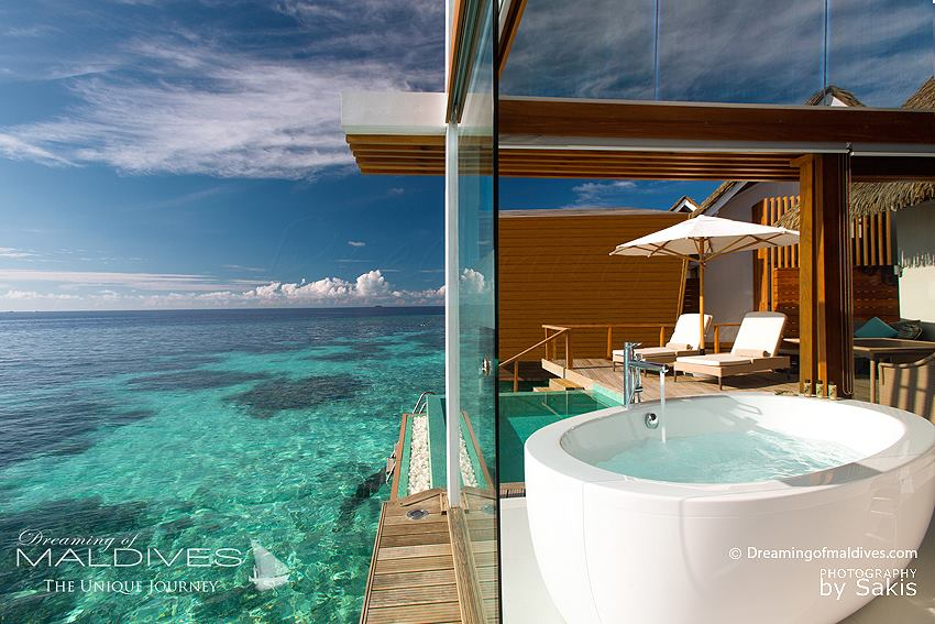 photo du jour une salle de bain de r ve kandolhu island blog des maldives 1er site des. Black Bedroom Furniture Sets. Home Design Ideas
