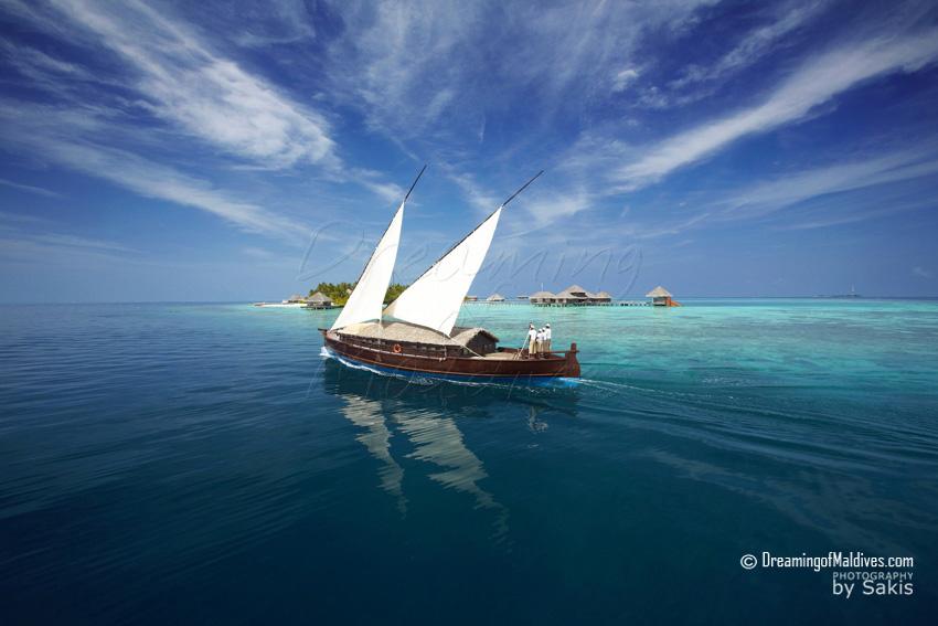 5 choses à Per Aquum Huvafen Fushi Maldives - Faire une croisière à bord d'un Dhoni de Luxe