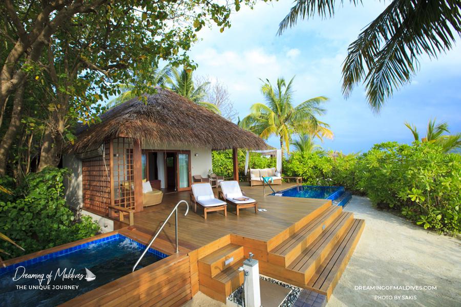 Les plus belles villas sur plage aux Maldives.  La Villa Premium Baros avec Piscine à Baros Maldives Baros Premium Pool Villa
