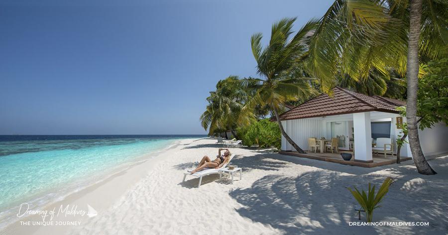 Les plus belles villas sur plage aux Maldives . Beach Junior Suite au Diamonds Thudufushi Beach Junior Suite