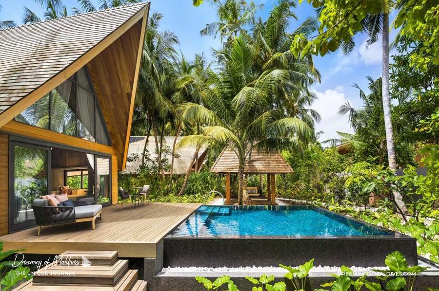 Les plus belles villas sur plage aux Maldives Villa jardin sur plage à ST Regis Vommuli Garden Villa with pool