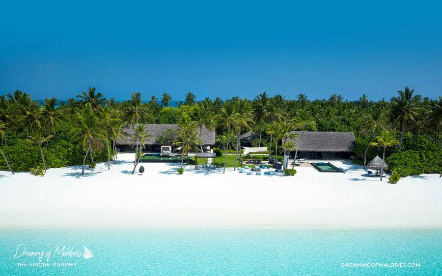 Les plus belles villas sur plage aux Maldives .La Grande Résidence Coucher de Soleil sur la Plage à One & Only Reethi Rah  Grand Sunset Residence