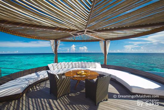 W Retreat and Spa Maldives - Ocean haven, espace Dinatoire sur terrasse