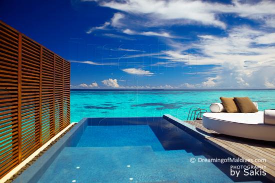 W Retreat and Spa Maldives - La terrasse avec piscine des Ocean Oasis