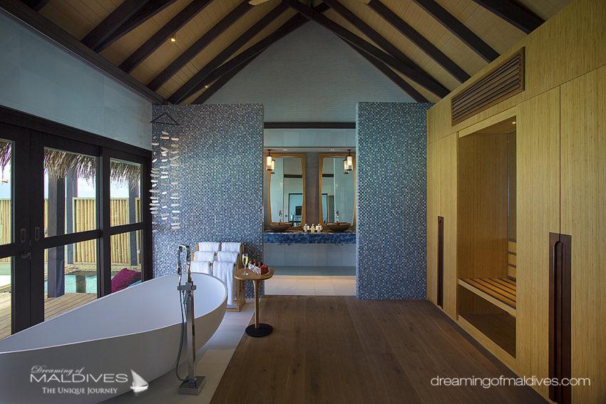 Wind Villa Avec Piscine. Salle De Bain OZEN at Maadhoo