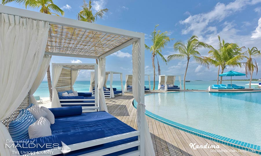 Kandima Maldives Beach Club CAfe