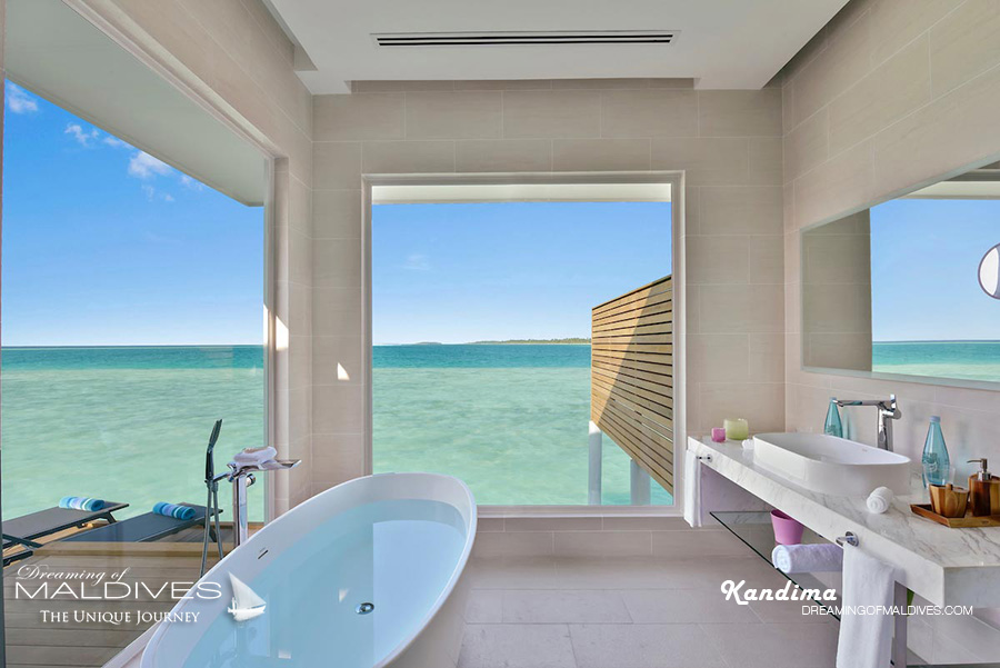 Kandima Maldives Aqua Villa bathroom