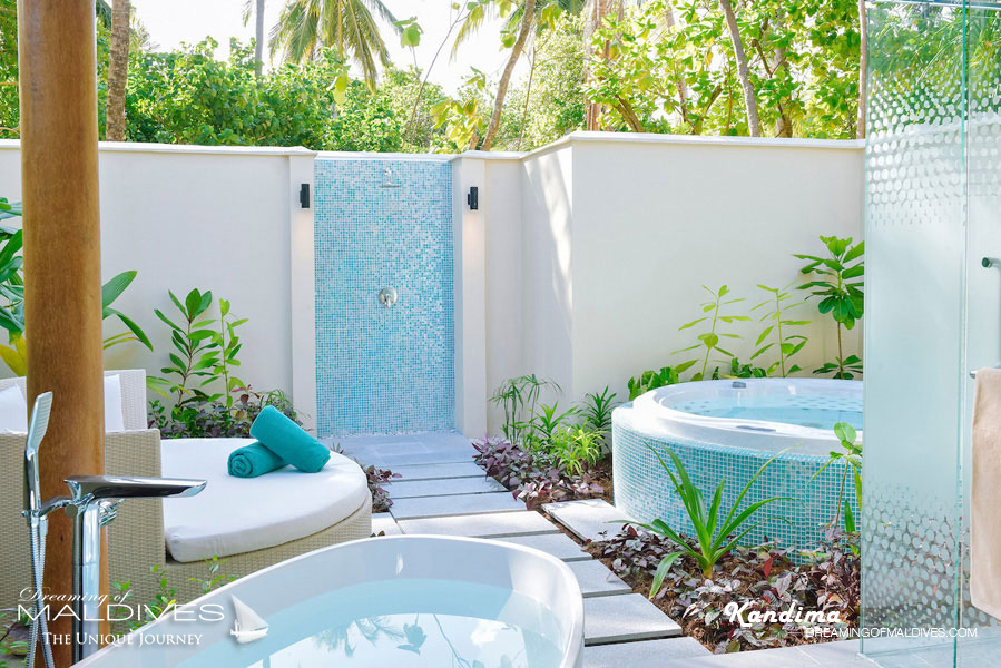 Kandima Maldives Beach Villa & Jacuzzi The Bathroom