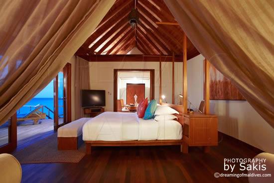 Anantara Dhigu Maldives, water villas - The Bedroom