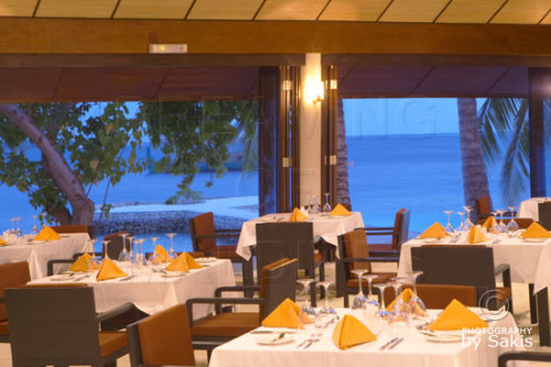 Lily-beach-maldives-all-inclusive-restaurant-19 (Discover Lily Beach Resort & Spa Maldives in 35 Beautiful Photos)