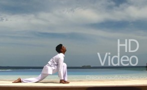 Yoga in Maldives, learn The Sun Salutation in HD Video at Waldorf Astoria Maldives