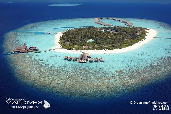 Anantara Kihavah Best Resort for snorkeling in Maldives. Aerial View