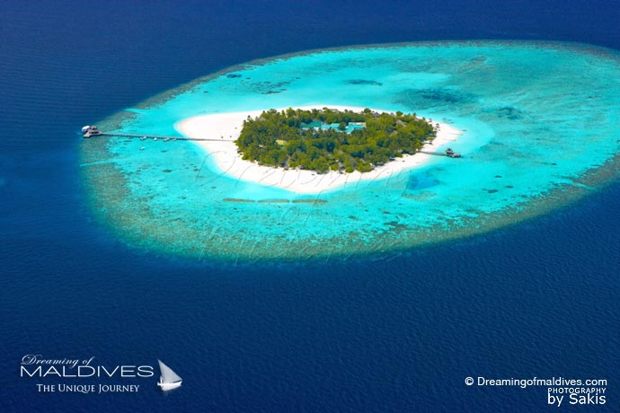 Banyan Tree Vabbinfaru Maldives Best Resort for snorkeling in Maldives.Aerial view