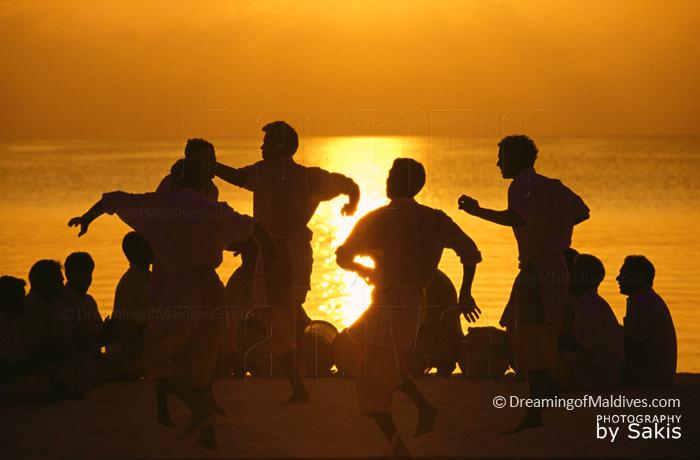 Maldives Bodu Beru dancers and drummers