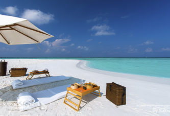 Maldives Photo Of The Day : Chic Picnic On The Beach