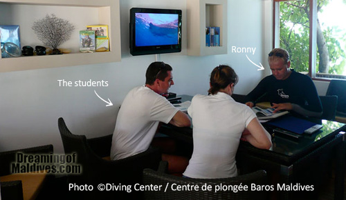Baros Maldives Diving Center, classroom